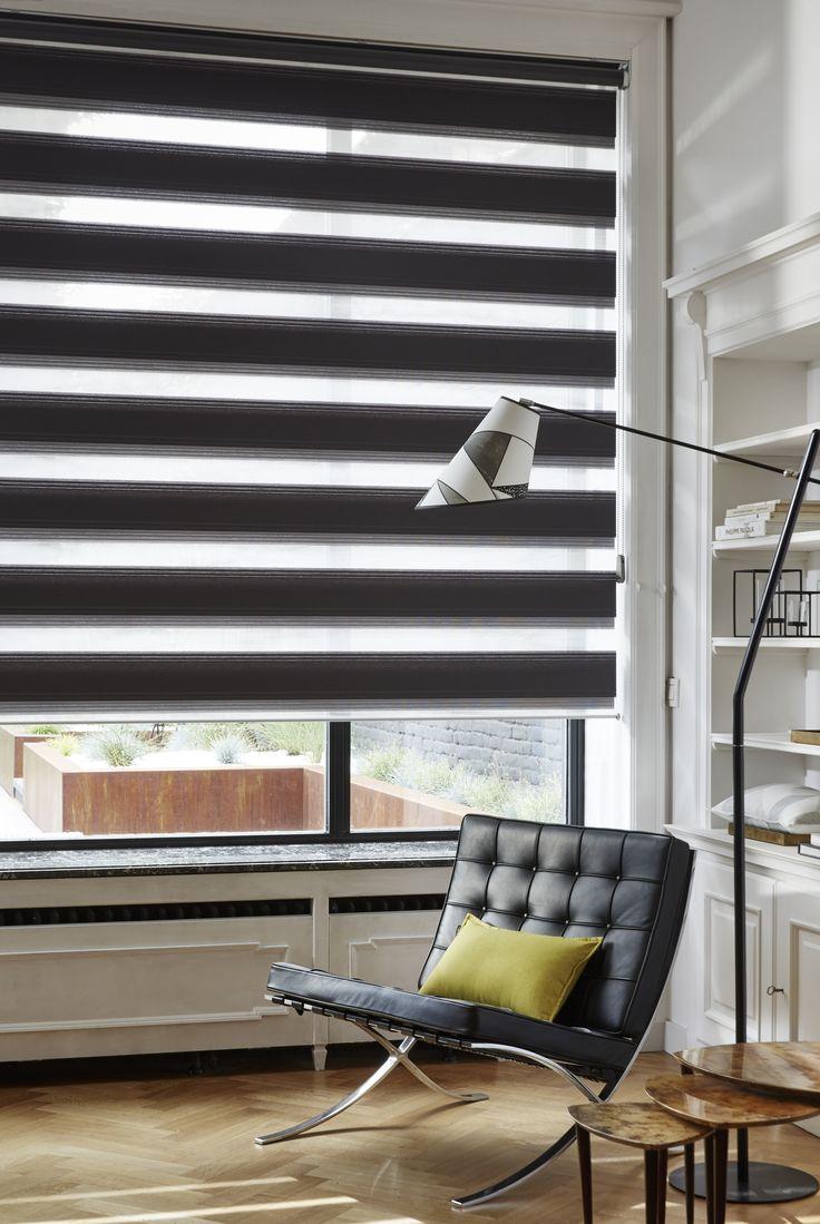 Store enrouleur DUO noir Heytens, coussin en tissu York Anis, lampe VIntage Noir + abat-jour en tissu Miro Stone - Collection Heytens 2016