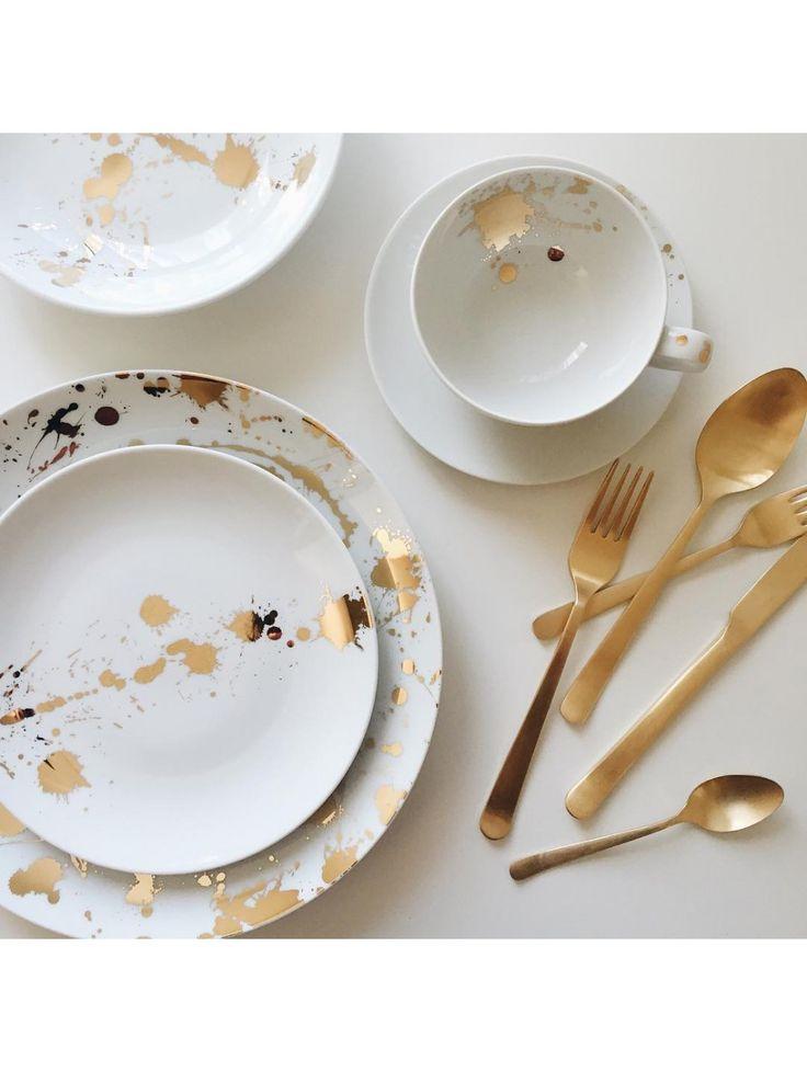 Jonathan Adler Gold & White 1948° 5 Piece Dinner Set | DINNER