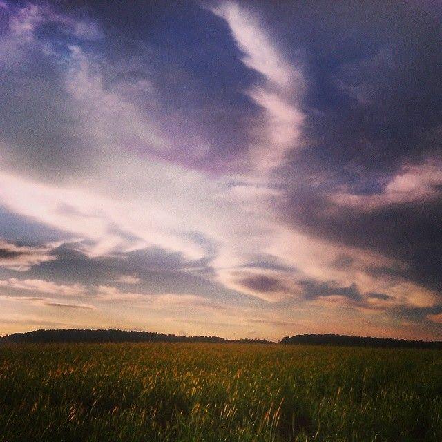 Ostatnie godziny naszego konkursu! Do wygrania vouchery 1x250€ 3x150€ na hotele i 3x50zł 10x20zł na jedzenie #konkurs #hotele #jedzenie #pogoda #horyzont #niebo #chmury #weather #cloudporn #clouds #zachod #sunset #pole #krJobraz #widok