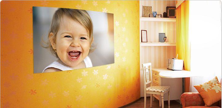 In unserem Postershop, bei Poster XXL können Sie sehr einfach Ihren Poster, Fotoleinwand, Kalender, Fotobücher, und viel mehr. In unserem Postershop können Sie Ihr liebstes Wunschmotiv als Poster drucken lassen und bringen damit jede Wand zum erstrahlen