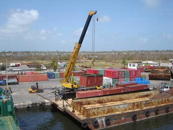 on cinco los criterios básicos frente a los cuales el tema, son ellos la navegabilidad, control aduanero, manejo ambiental y control de salud pública, y de la operación actual del transporte tanto fluvial como marítimo.