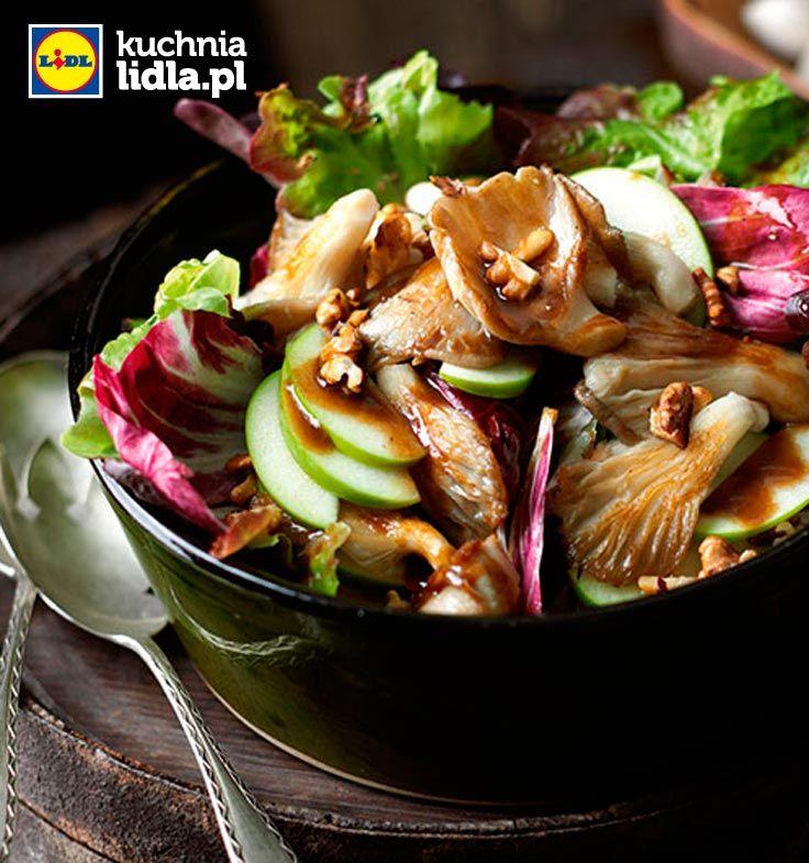 Jesienna sałatka ze smażonymi boczniakami. Kuchnia Lidla - Lidl Polska. #lidl #ryneczeklidla #salatka