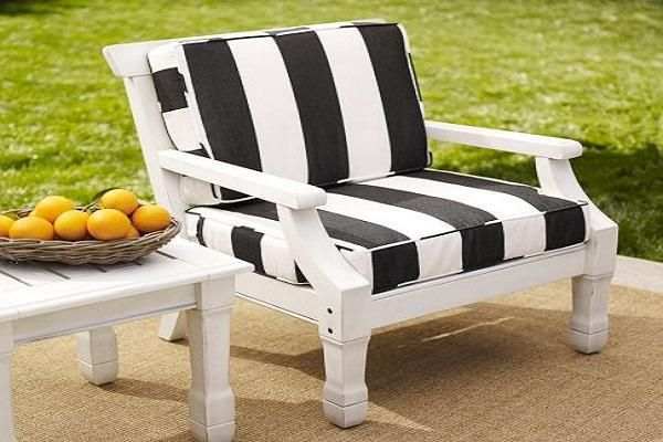 Outdoor Chair Cushions Clearance: White And Black Outdoor Chair ...