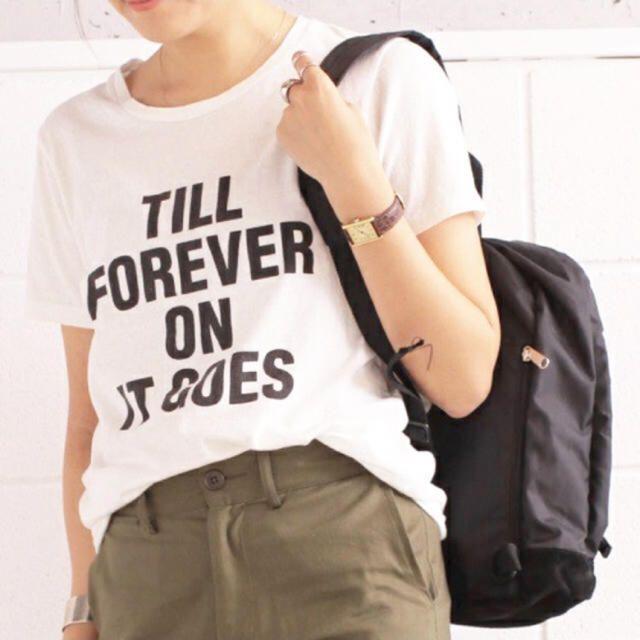 TODAYFUL(トゥデイフル)のTODAYFUL ベーシックロゴTシャツ メッセージTシャツ 半袖 秋 ホワイト レディースのトップス(Tシャツ(半袖/袖なし))の商品写真