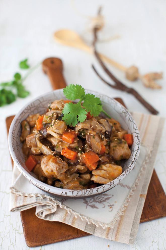 Κοτόπουλο μαγειρευτό με μανιτάρια και σουσάμι