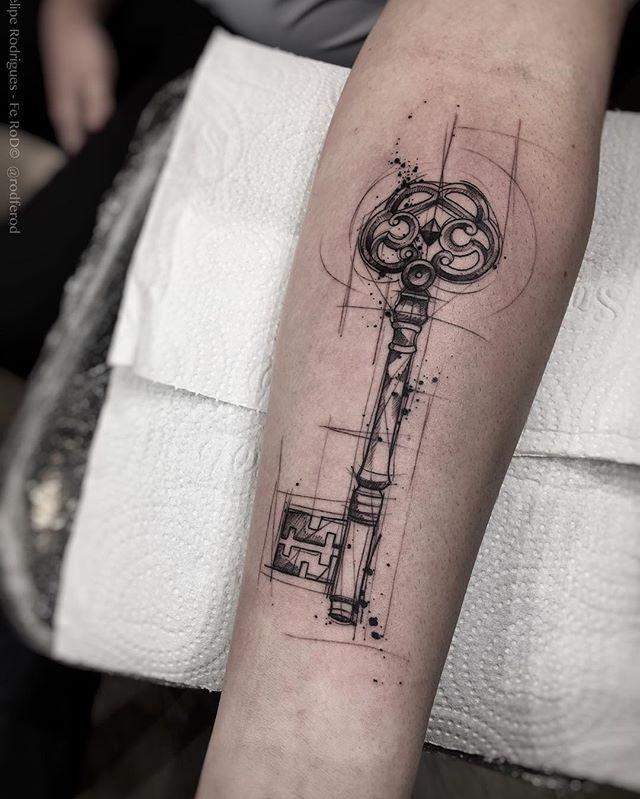 Key. -(agenda fechada) -Criações, Orçamentos e agendamentos somente pessoalmente e com hora marcada . -Contato :(11) 3044-0442 -Mail : tattooyou@tattooyou.com.br Faz uma visita lá! Se localiza na Avenida Doutor Cardoso de Melo Número 320. Vila olímpia - SP Studio TattooYou. . #the_inkmasters #tattoodo #tattooistartmagazine #savemyink #artcollective #thebesttattooartists #tattoo2me #blacktattoo #tattrx #inkedmag #equilattera #tatser #tatserapp #tattoaria #conceptu...