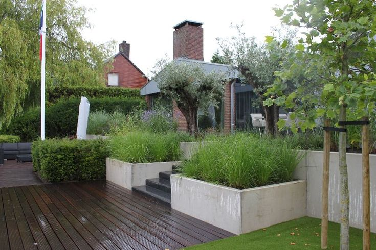 Tuin aan het water in Kropswolde - www.tuinontwerpbureau.nl