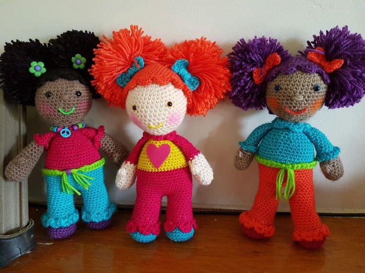 Girl Gang  #dirtygrannycrochet #dollgang #allcolours #nogolliwogs #crochetdoll #dollsofcolour