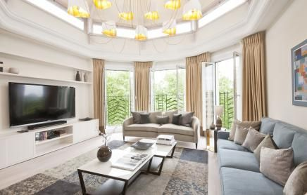 Bayswater Vacation Rentals | short term rental london | London self catering accommodation Apartment Rentals, London: Spacious Penthouse with Jacuzzi in Hyde Park @HolidayPorch https://www.holidayporch.com/rental-1472