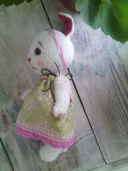 Bunny Mimi By Svetlana Martynova - Bear Pile
