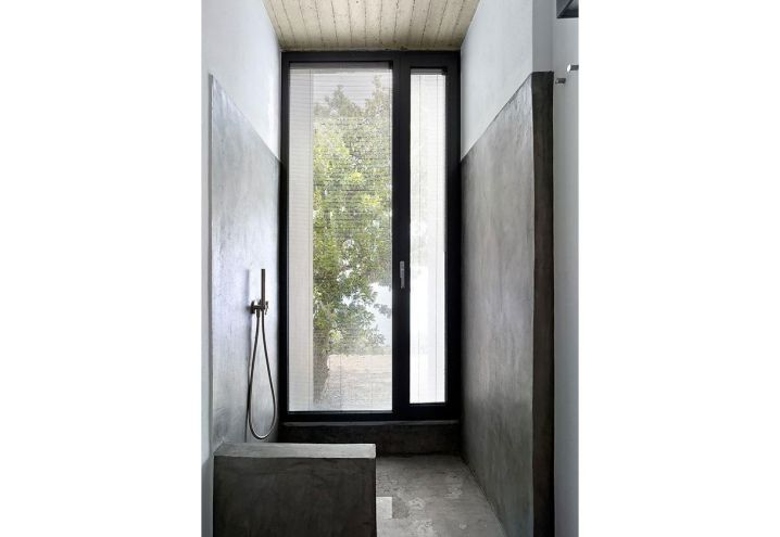 17 migliori idee su doccia calcestruzzo su pinterest - Posare un piatto doccia ...