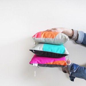 Jennifer + Smith | Mini Cushions | www.jenniferandsmith.com