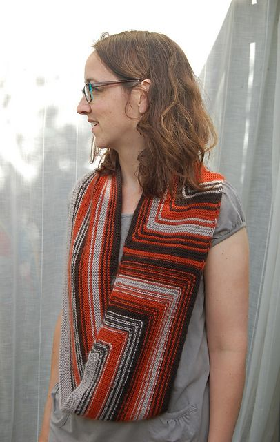 Ravelry: Trust Me with a Twist pattern by Louise Zass-Bangham