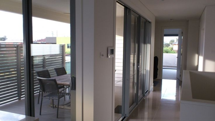 For sparkling clean windows, hire professional Window Cleaners online without any bother from Seaside Window Cleaning. For further details, visit: http://www.seasidewindowcleaning.net.au/