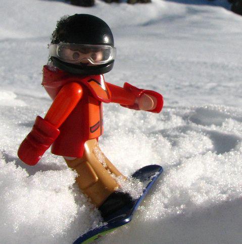 Playmobil snowboard ★•☆•Teresa Restegui http://www.pinterest.com/teretegui/•☆•★