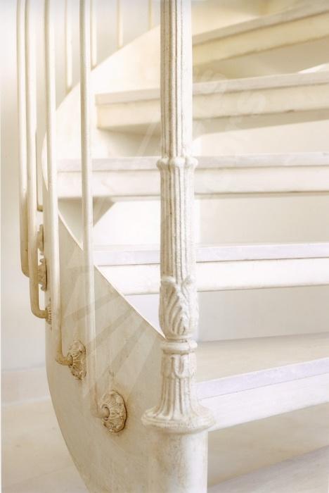 17 meilleures id es propos de escalier en fer forg sur. Black Bedroom Furniture Sets. Home Design Ideas