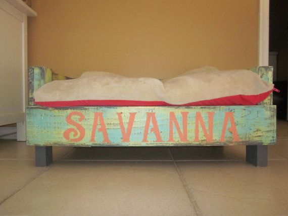 Reclaimed Wood Dog Bed by PurpleMermaidShop on Etsy   Visit & Like our Facebook page! https://www.facebook.com/pages/Rustic-Farmhouse-Decor/636679889706127