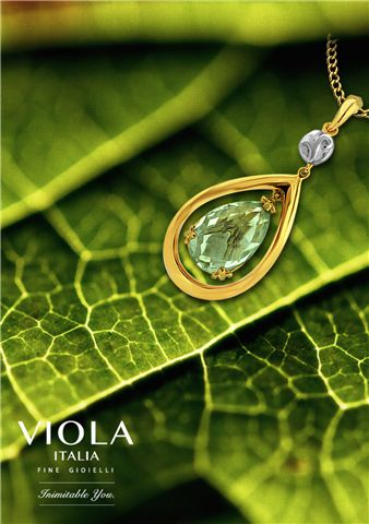 Green is the embodiment of love, epitome of femininity and draws out the feeling of harmony. #Nature #Photo #Jewellery #FashionJewellery #Fashion #Fashionista #Blooming #PictureOfTheDay #Beautiful #Style #Leaf #Veins #Photography