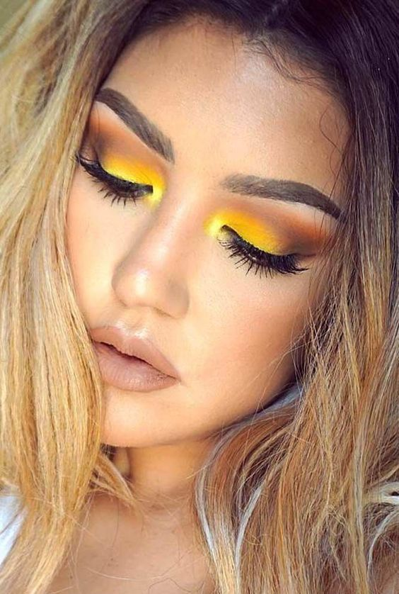30+ Pretty Makeup Looks You Must Try | makeup looks | Yellow eye makeup, Makeup eyeshadow, Makeup