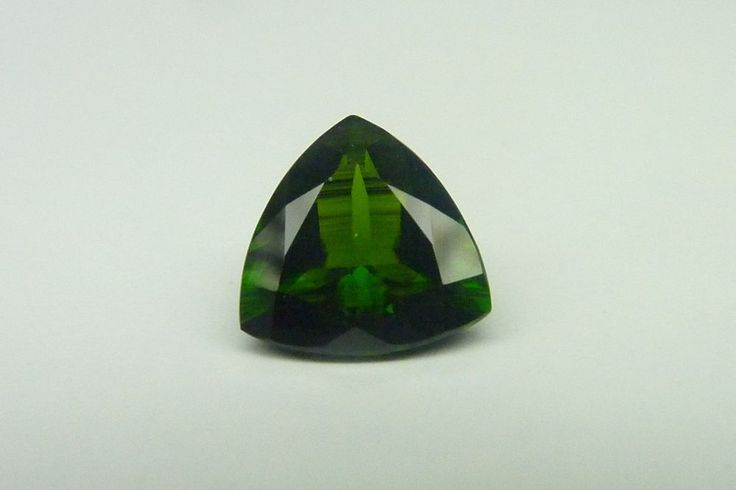 1.85 Cts Trillion Shape 8 x 8 mm 100% Natural Green Chrome Diopside Gemstone #KinuBabaGems