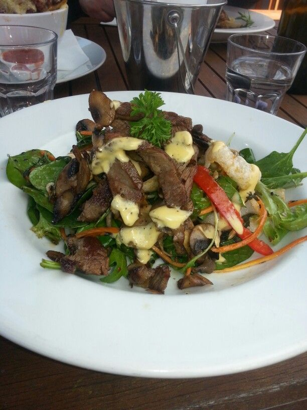 Lunch: Steak salad at the local pub