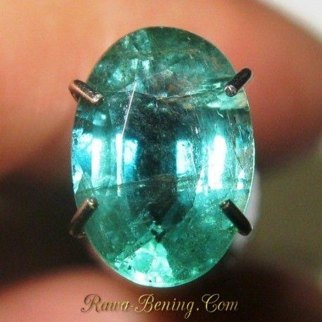 Batu Zamrud Zambia 1.17 carat Oval Cut Kualitas Bagus HQ