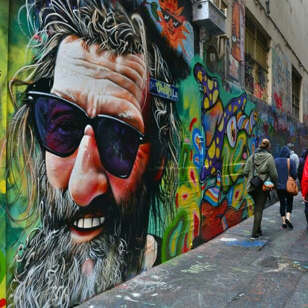 Melbourne street art Great example of #Scale