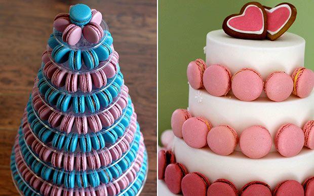 Essas delícias podem ser servidas em lindas torres. Se quiser economizar, você pode também substituir o bolo decorado por um cenográfico e decorar as camadas com macarons coloridos. Os convidados vão amar!