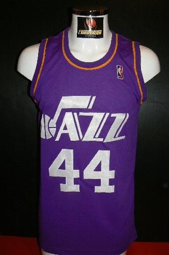 ad90df0fe33b utah jazz 44 pistol pete maravich purple swingman throwback jersey