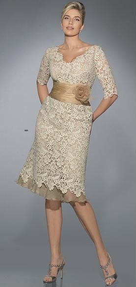 I really wish I could find this dress for my mom for our wedding. It's perfect for the rustic feel we are going for
