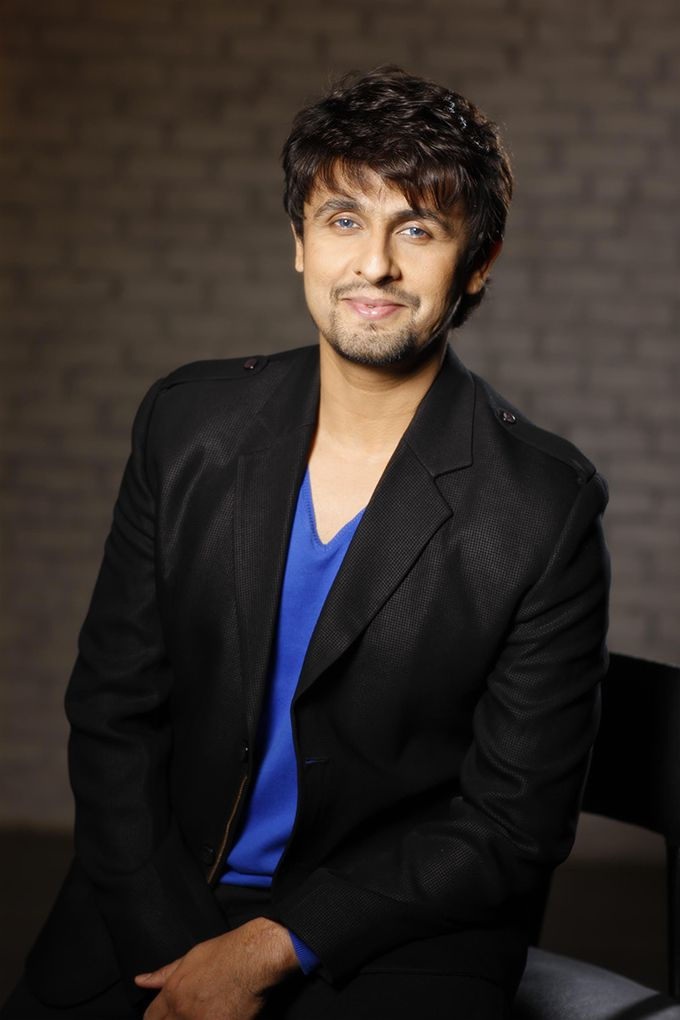 nice Sonu Nigam Blasts A Leading Daily For Calling Him A Mehfil Singer