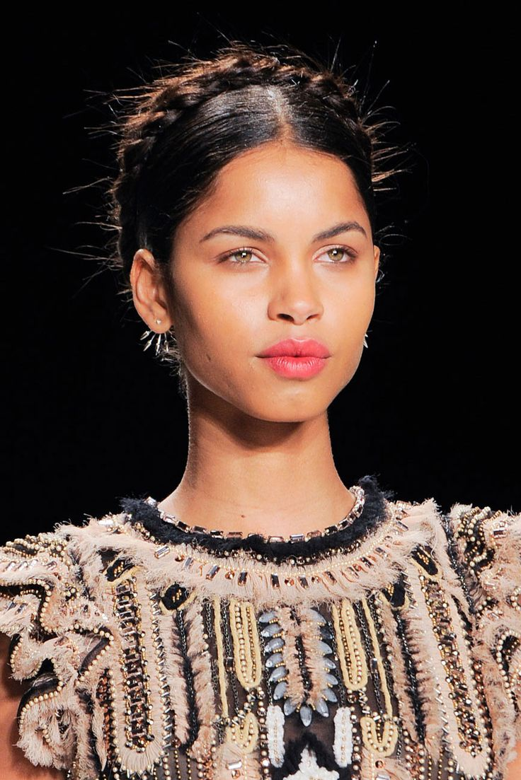 Old World Braids Loving the Frida Kahlo (also known as every Latina abuela's back up 'do) at Naeem Khan