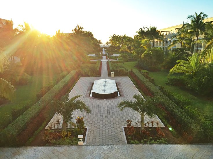 Early morning sunshine at Dreams Tulum Resort & Spa, a tropical paradise!