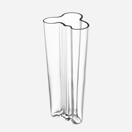 Alvar Aalto vase. Ubiquitous but still utterly lovely