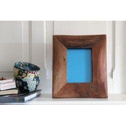 Cadre photo en bois de récupération, 23x 27 cm. NZITO. Tanzanie. 39€