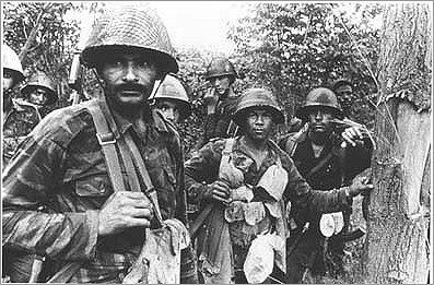 This Day in History: Jan 10, 1989: Cuban troops begin withdrawal from Angola http://dingeengoete.blogspot.com/ http://www.sahistory.org.za/sites/default/files/cuban_angolan_soldiers_angola_war.jpg