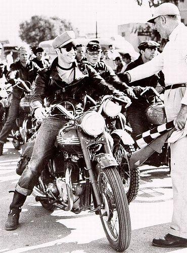 "Marlon Brando ""The Wild one"" 1953"