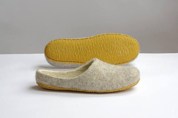 Felted slippers for mothers day- felted slippers- home shoes- felted wool slippers- boiled wool slippers- slippers- white color-felt slippers- clogs- wool clogs-eco slippers- natural foot wear-women felt slippers- boiled slippers-s tep in slippers  Simple felted step in model slippers for woman. It is made from 100 % natural wool, because of this wool internals your foot can feel roughness. Also this wool provides feet massage and improves blood circulation. Wool clogs are very comfortable…