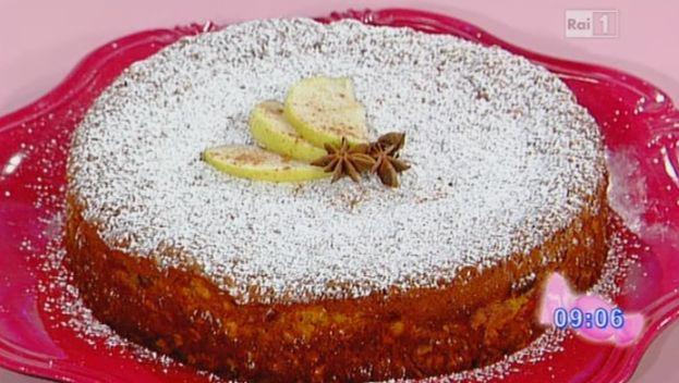 La ricetta della torta di mele di Anna Moroni da Dolci dopo il Tiggì