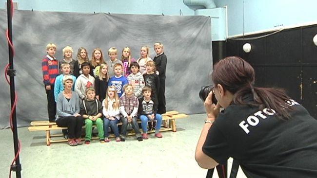 Hultsfred och Oskarshamn har slutat med skolfotografering. En enkät som SVT Nyheter Småland har gjort visar att fler kommuner kan komma att göra likadant.