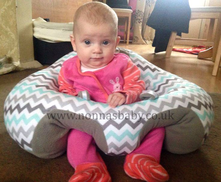 """Ella is happy in her new Hugaboo baby seat! The gorgeous little lady is enjoying the new independence it gives her, and mummy Faye commented that """"Ella loves her new Hugaboo chair."""" Nonna loves it! :-) • Find out more about the Hugaboo seat here: https://nonnasbaby.co.uk/hugaboo-baby-seat/"""