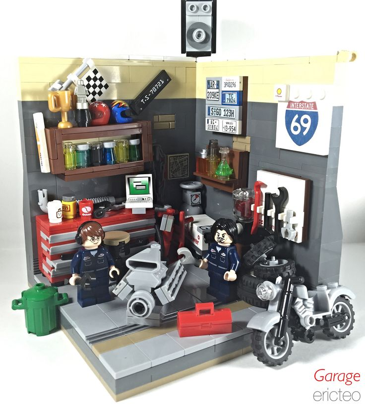 lego garage ideas - 17 Best ideas about Lego City Garage on Pinterest