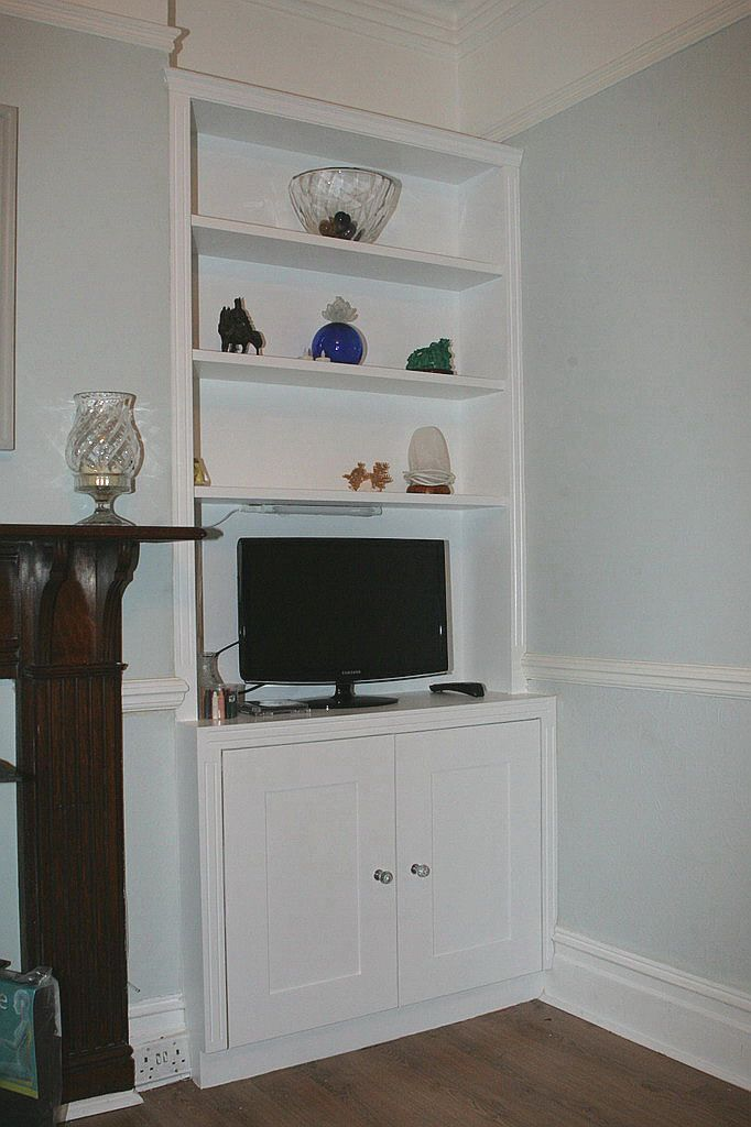 Do this in lounge? Alcove where tv is