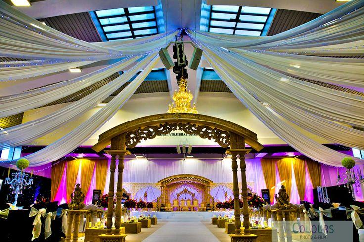 Wedding Fair | Wedding Photographer London  http://coloursphotofilm.co.uk/asian-wedding-photographer-london/wedding-photographer-london/