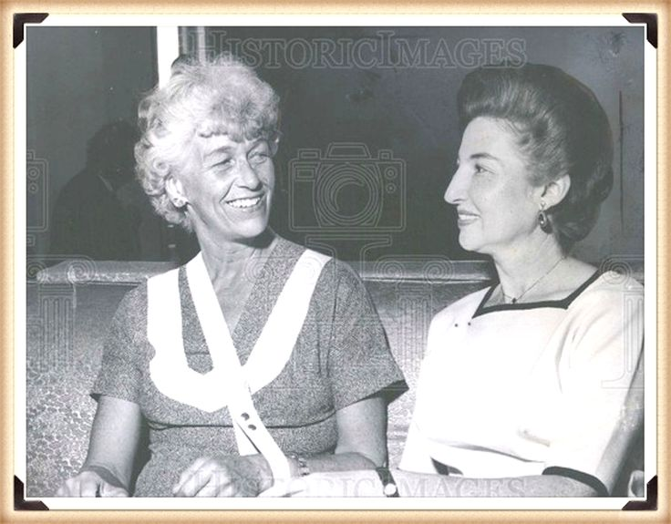 1962 PRESS PHOTO MRS. ANNA ROOSEVELT HALSTED.(( Mrs. Anna roosevelt Halsted. Additional Information: Anna Eleanor Roosevelt Halsted (May 3, 1906 – December 1, 1975, also Anna Dall and Anna Boettiger in earlier marriages) was the daughter of the 32nd President of the United States Franklin D. Roosevelt and the granddaughter of Elliott Roosevelt.Mrs. Anna roosevelt Halsted)) http://outlet.historicimages.com/search?type=product&q=Anna+Roosevelt+Halsted