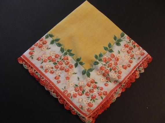 Pretty Gold Floral Machine Embroidered Hankie Retro Estate Sale 1950/'s