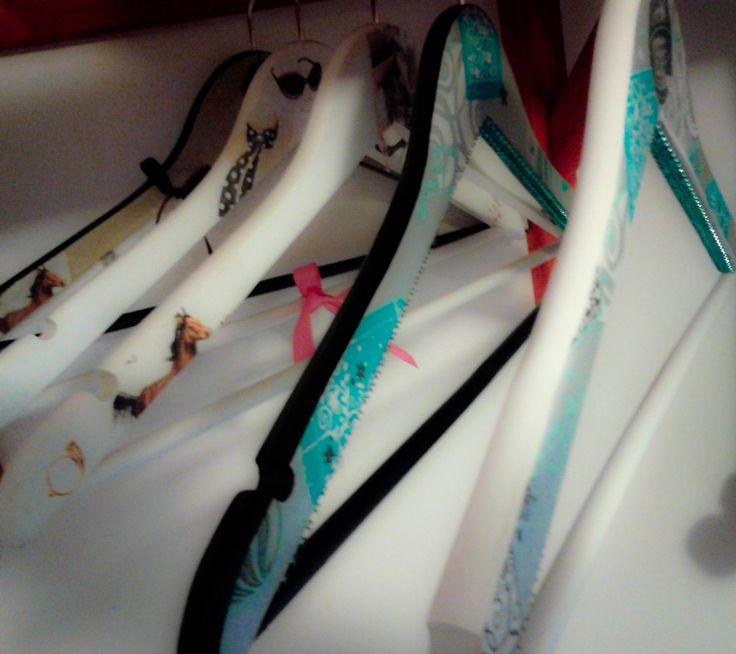 {Kala&Me} Clothes hangers