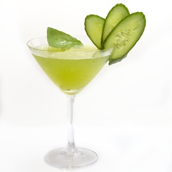 Check out this great drink recipe and vote for the Tuscan Lemondrop in the Ultimat vodka challenge.   Ultimat Mixology Challenge | Ultimat Vodka