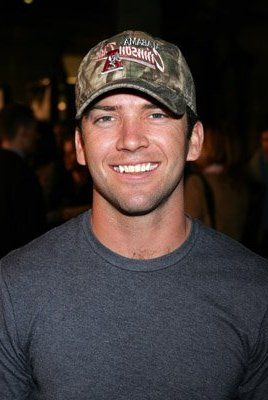 Lucas Black. Drooooool (Sling Blade, Friday Night Lights)