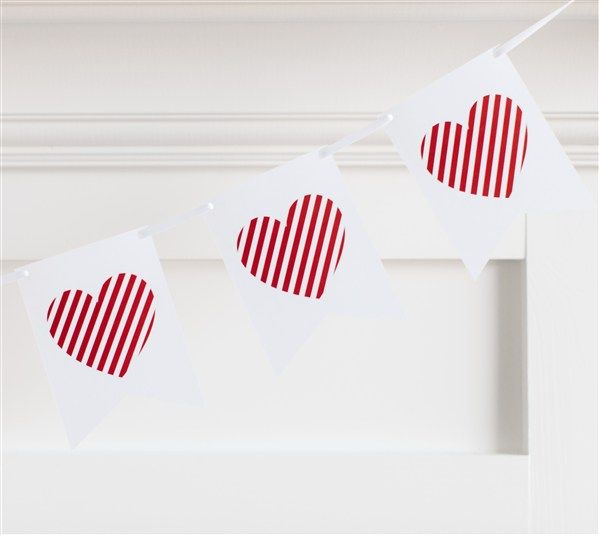 258 best Valentines Day  Cricut DIY Holidays images on Pinterest